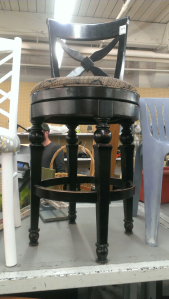 Refurbished stool 1 (2015_07_13 21_22_07 UTC)