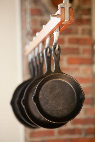 c0291e20ae276fbefc2929268a5e1851--cast-iron-pot-how-to-clean-cast-iron-skillet.jpg